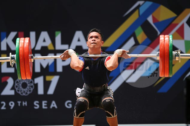 Weightlifter Nestor Colonia places fifth in six-man field, says he was injured a month before SEAG