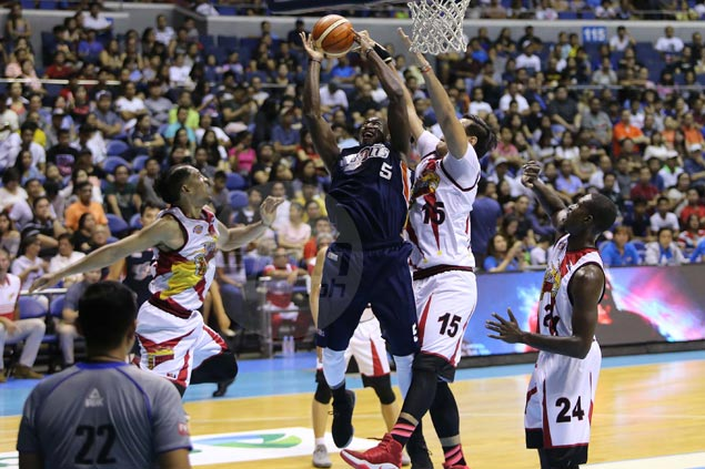 Meralco stuns SMB to clinch top seed, leaving sixth-seeded Beermen uphill climb in grand slam bid