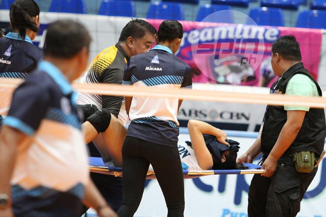 Adamson soars past CSB to book PVL semis berth but lose Jema Galanza to gruesome ankle injury