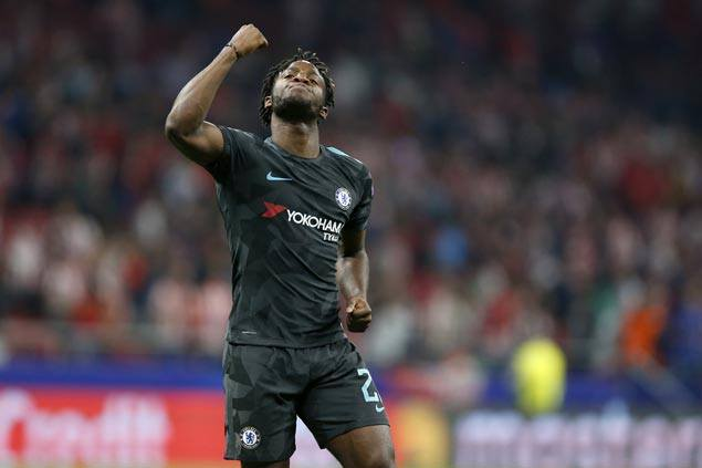 Michy Batshuayi strikes in final minute of stoppage time to lift Chelsea over Atletico