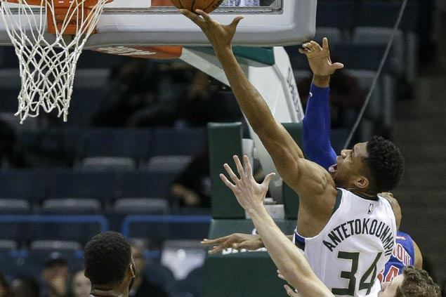 Milwaukee Bucks get first win of the preseason against Detroit Pistons