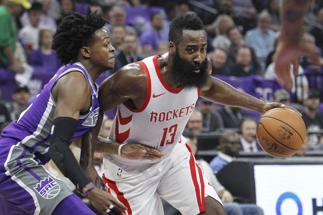 Rockets sit ailing Chris Paul, hold off Kings to make it back-to-back road wins to start season