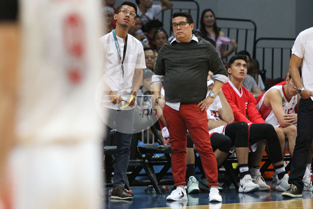 Franz Pumaren doesn't mind losing out to 'Manong' Derrick in style points