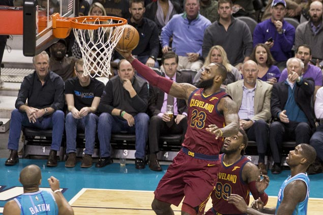 Cavaliers overcome Hornets to post first three-game win streak of season