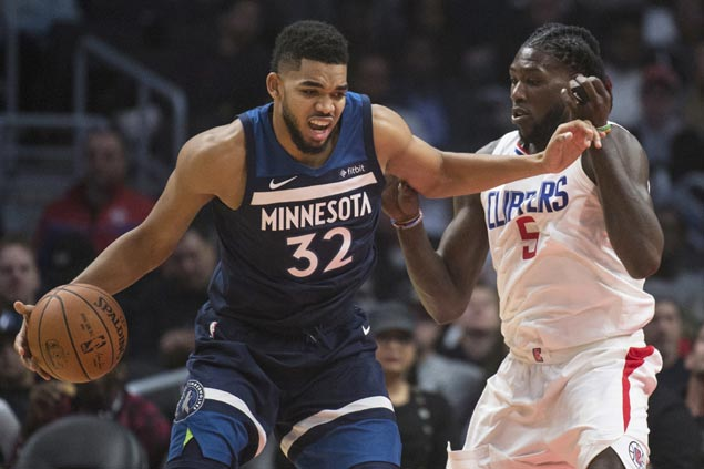 Karl-Anthony Towns lifts Timberwolves in wire-to-wire win over sinking Clippers