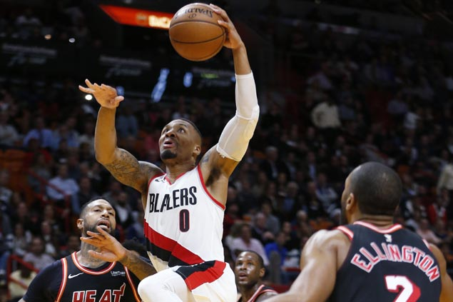 Damian Lillard recovers from poor start as Blazers rally from 16 down to beat Heat
