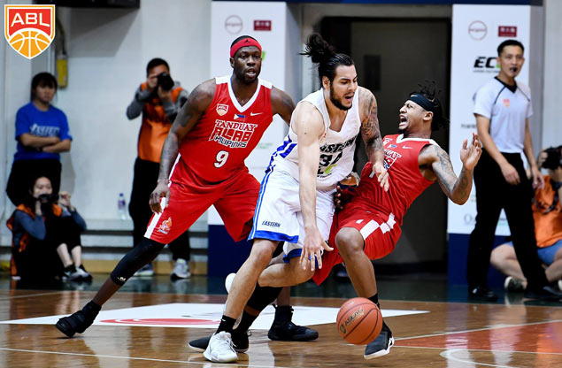 Standhardinger refuses get caught up with all the hype: 'I just want to win'
