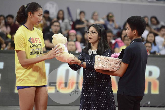 Double celebration for champ F2 as MVP MJ Perez, four other Cargo Movers earn individual awards