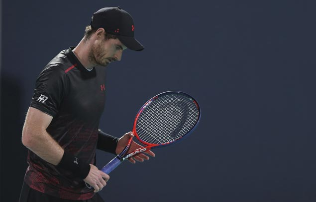 A tepid return to court for Andy Murray as he loses exhibition match to Roberto Bautista Agut