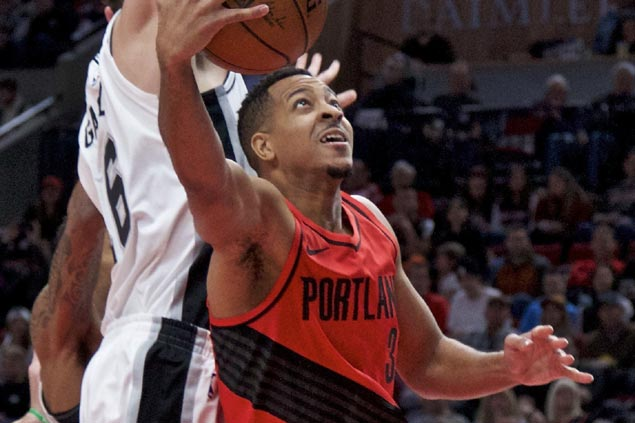 CJ McCollum's late floater caps Blazers rally from 12 points down to stun Spurs