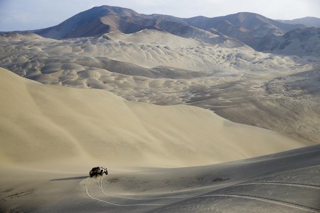 Stephane Peterhansel pads Dakar Rally lead as Sebastian Loeb, Andre Villas-Boas pull out