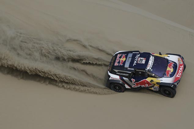 Sainz takes first Dakar stage win