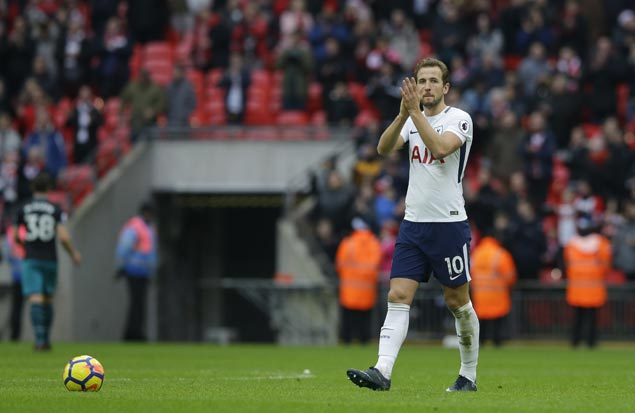 Harry Kane sets more records as Spurs rip Everton in Premier League