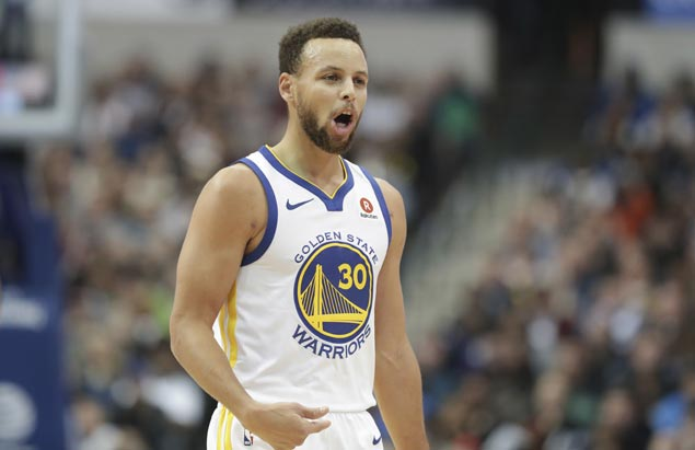 Steph Curry returns after two-game absence, Warriors waste big lead but hold on to defeat Raptors