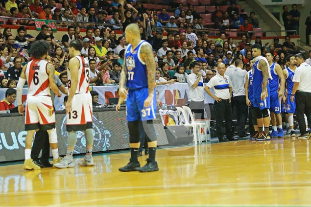 Yeng Guiao denies dropping 'N' word at Chris Ross, but admits flashing dirty finger