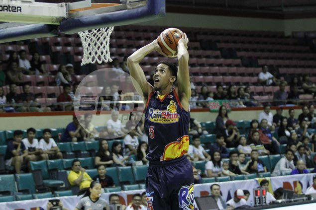 Gabe Norwood tips hat to Mark Yee for 'veteran move' in crucial jumpball that sealed KIA upset win