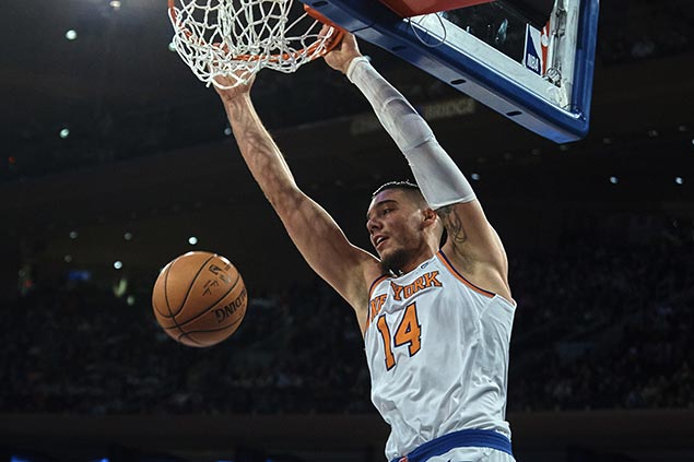 Knicks trade center Willy Hernangomez to Hornets