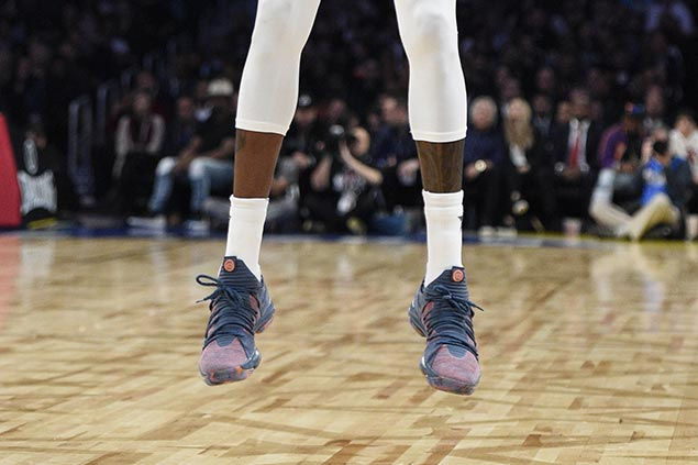 111a10d3ec67 Check out who wore hottest kicks as LeBron
