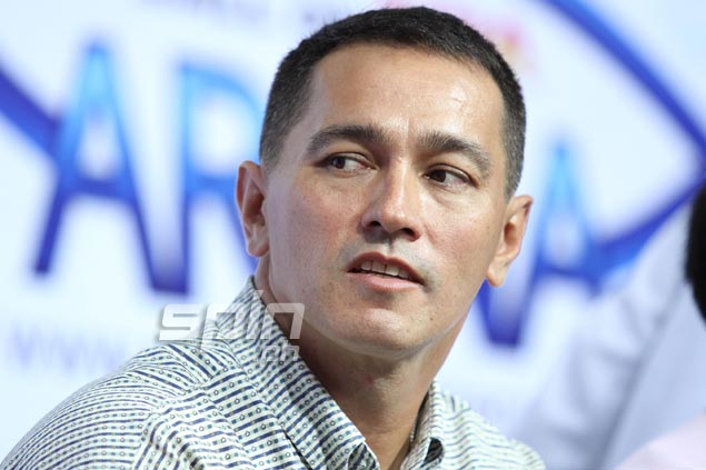 Vince Hizon took a lot of pictures of the former NBA stars, especially