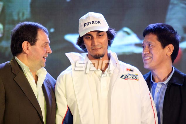 One of the biggest surprises of the night was Petron's decision to pick Alex Mallari, who saw action for Lewis-Clark State in the National Association of Intercollegiate Athletics, with the third choice overall.Jerome Ascano
