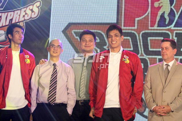 Aldrech Ramos still looked like he was still wondering what really happened. After being picked fifth overall by Barako Bull he was sent to B-Meg, which took Jewel Ponferrada (fourth left) 13th overall.Jerome Ascano