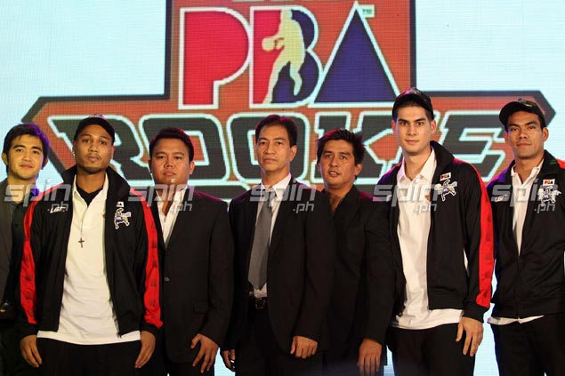 AJ Mandani (second left) is drafted by Global Port to join ninth pick Vic Manuel in the Batang Pier lineup. Jerome Ascano