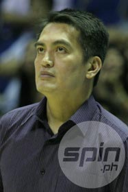 Franz Pumaren hopes his new players can help Air21 improve this season. Photo by Jerome Ascano