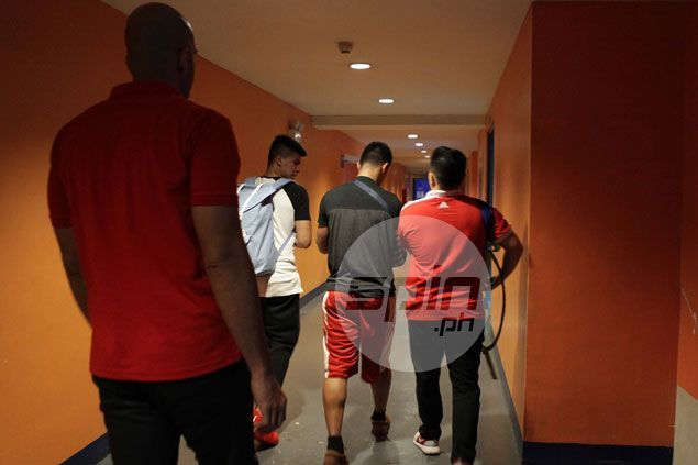 Kiefer Ravena was among the first to confort Baser Amer when he dislocated his shoulder during a recent game with the San Beda Red Lions in the NCAA. Jerome Ascano