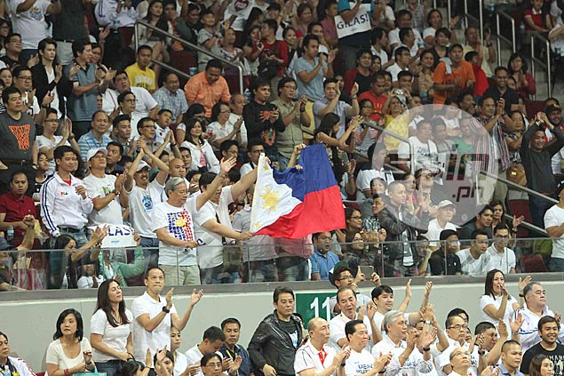 The crowd celebrates as Gilas enters the semifinals to join Korea, Chinese Taipei and top favorite Iran. Jerome Ascano