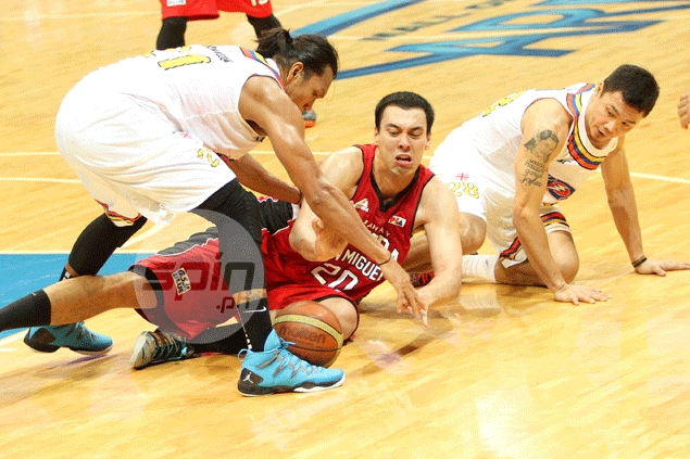 Ginebra makes it two in a row under coach Cariaso with win over Meralco
