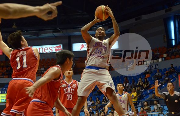Dioncee Holts in learning from Jerry Codinera, one of the top centers in PBA history. Photo by Eldridge Balmaceda