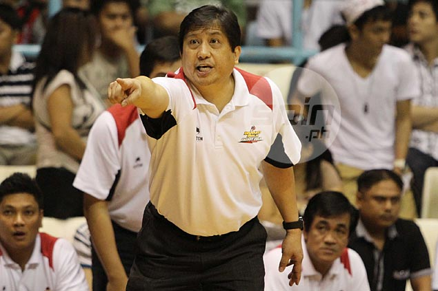 Breaking its silence, Barako Bull sticks with Ramos as coach, explains Toroman departure