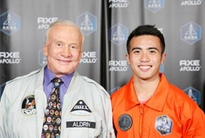 Chino Roque, recently selected to be the 1st Filipino astronaut, with Apollo 11 astronaut Buzz Aldrin, the second man on the moon. (photo from AXE Apollo Space Academy)