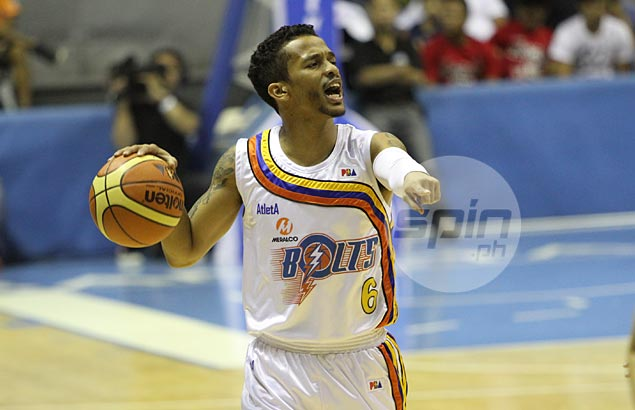 After being a high draft pick in the 2009 PBA draft, Ross got traded after his disappointing rookie year to become one of the foundations for the new Meralco franchise