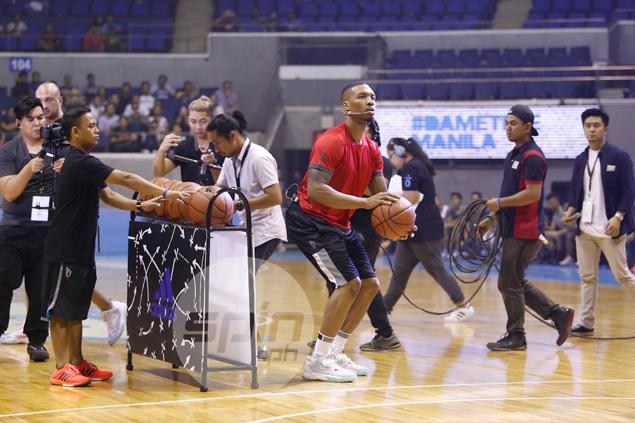 DameTime at Big Dome as Lillard wows crowd in Manila leg of Asian ...