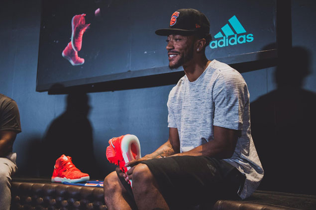 New York Knicks recruit Derrick Rose pays homage to his Chicago hometown  with the unveiling of the new adidas D Rose 7. db65dc7a7328