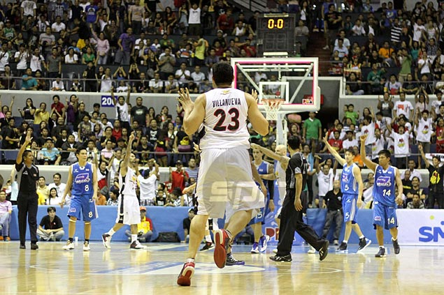 Enrico Villanueva is one of nine players from the 2002 Ateneo team who went on to play in the PBA. Jerome Ascano