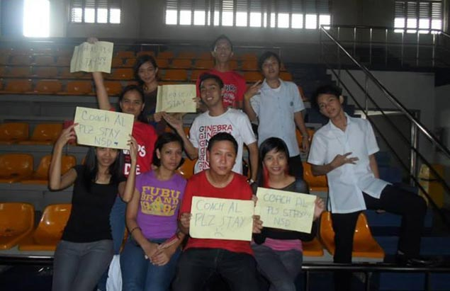 Ginebra fans hold up signs asking coach Alfrancis Chua to stay. Photo courtesy of Mark Lopecillo