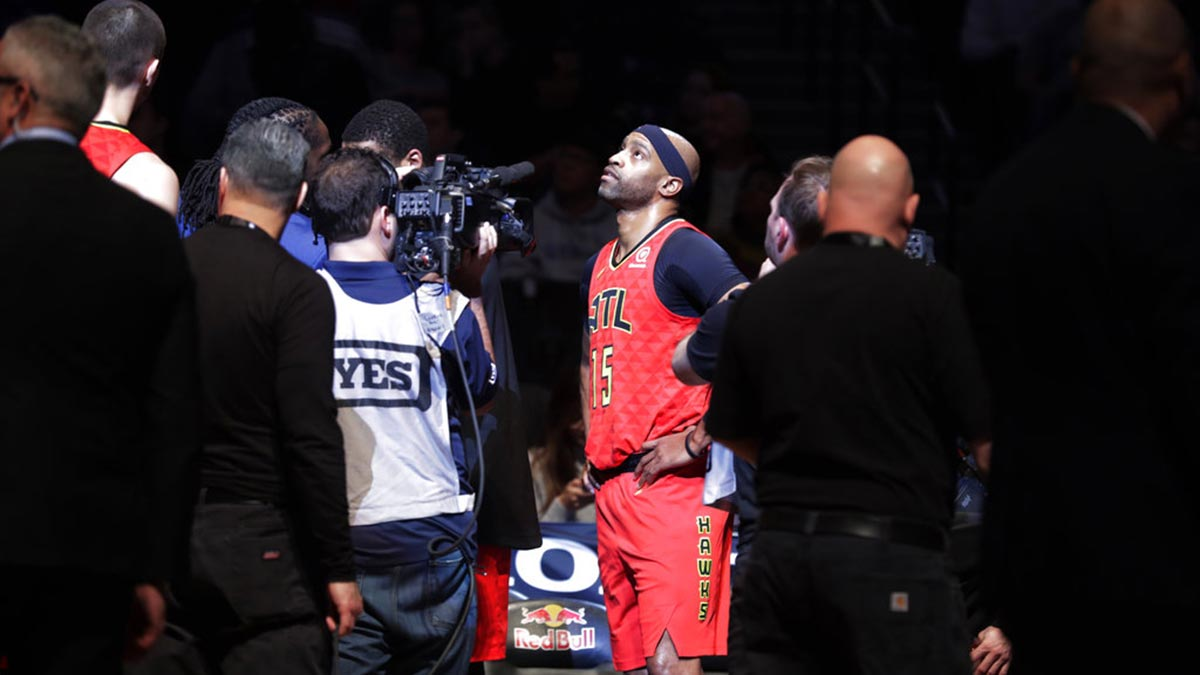 7be30c03 Nets ground Hawks on night Brooklyn pays tribute to Vince Carter