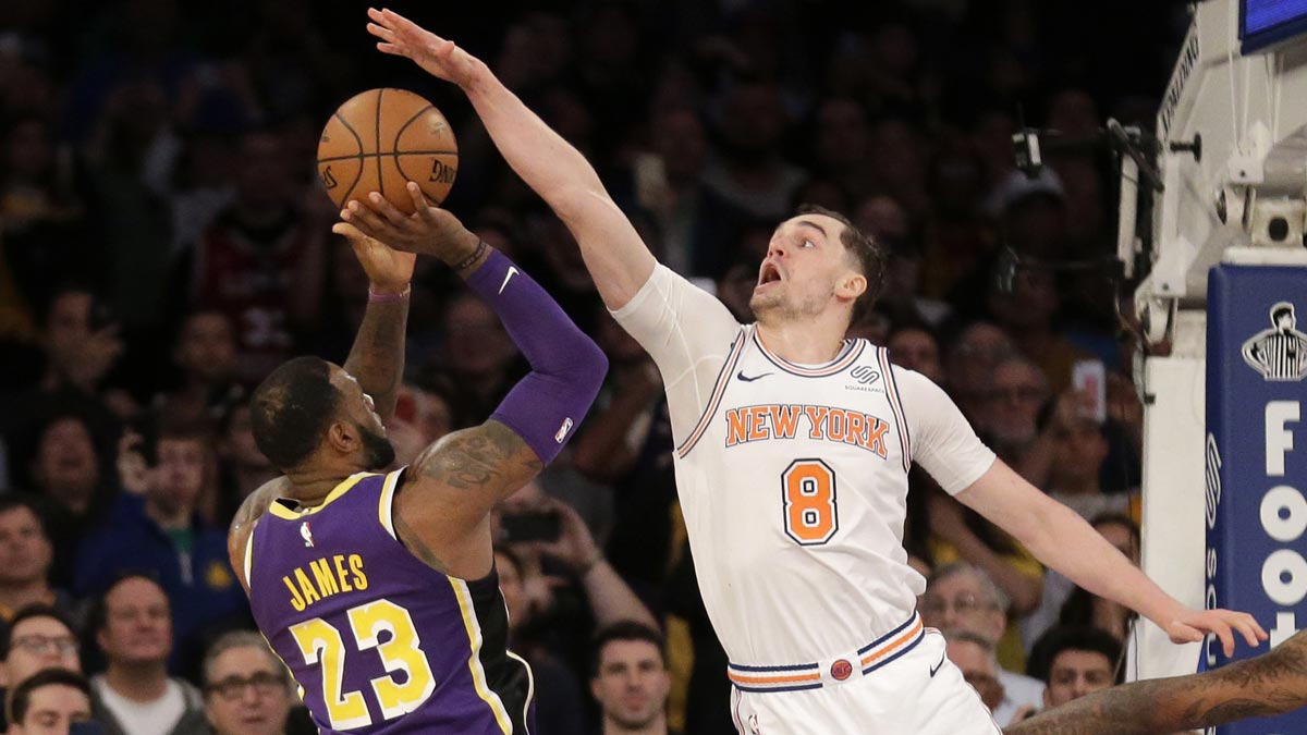 dc419da16a3 Mario Hezonja blocks LeBron to cap off Knicks comeback against Lakers