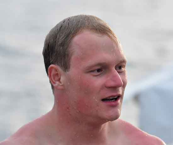 Jan Heinzel of Germany took home top honors in the annual cliff diving event in Punta Fuego.