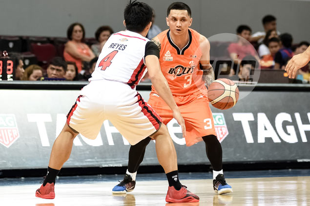 Alapag says Meralco spat won't change his relationship with Gilas teammate Gary David