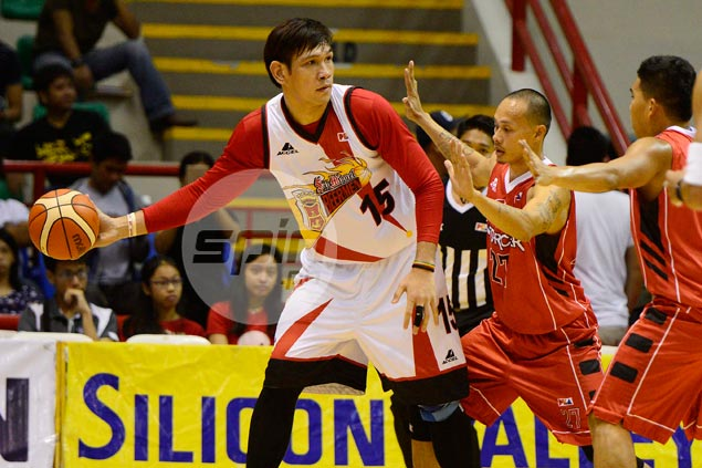 June Mar Fajardo goes against SMB medical staff's wishes, suits up vs Mahindra