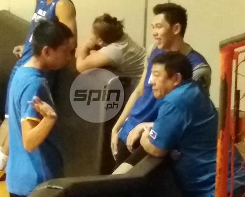 Ferrer, Racela and Gilas team manager in a huddle during a break in Gilas practice on Monday night. Gerry Ramos