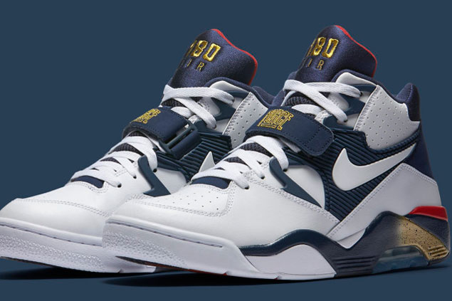 timeless design 85ebd 8f900 Nike celebrates legendary Dream Team with re-release of Barkley s shoes  used in Barcelona