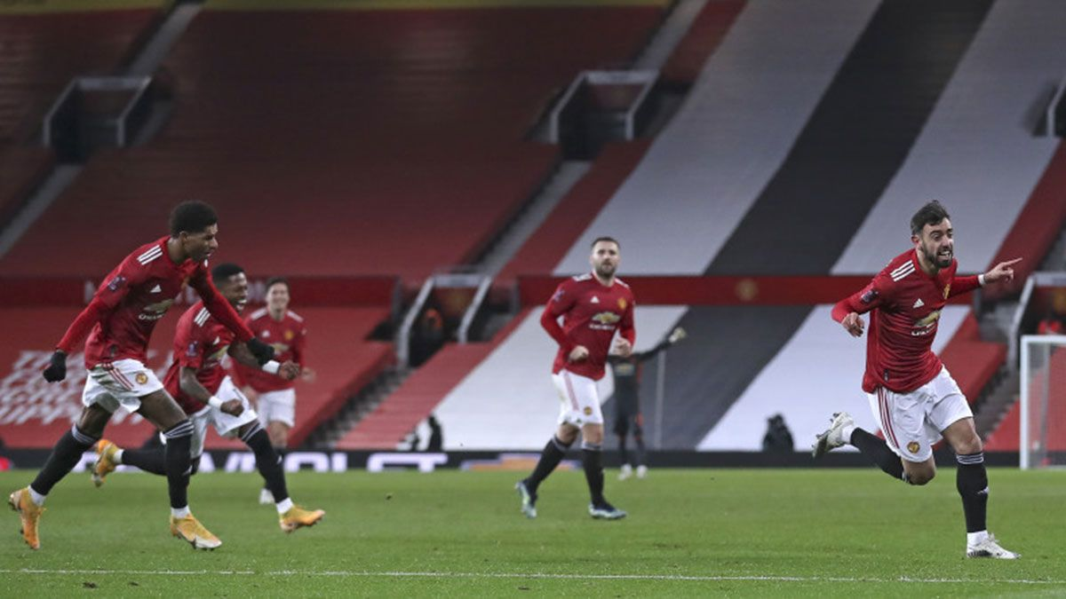 Bruno Fernandes free kick lifts Man United vs Liverpool in FA Cup
