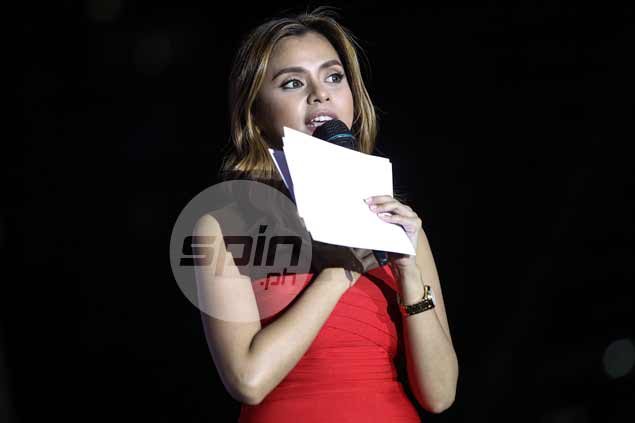 Rizza Diaz hosts the festivities.