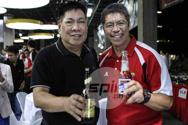 Austria and SMB Brewery president Bobby Wang share a toast.