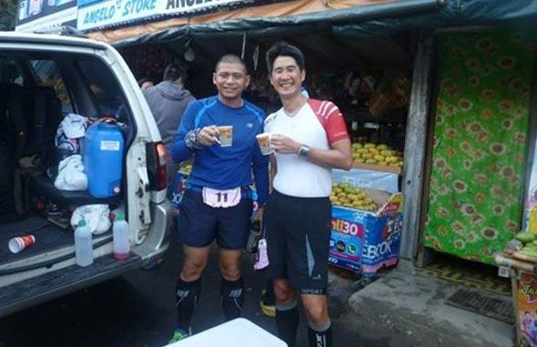 Coffee break with running mate Simon.