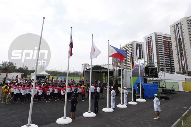Philippine flag raised at Athletes Village in Rio de Janeiro